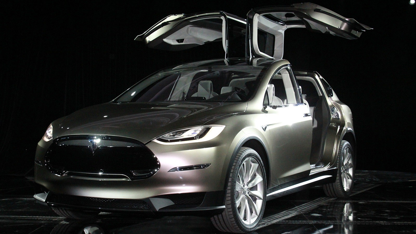 2015 Tesla Model X Electric Suv To Devour Premium